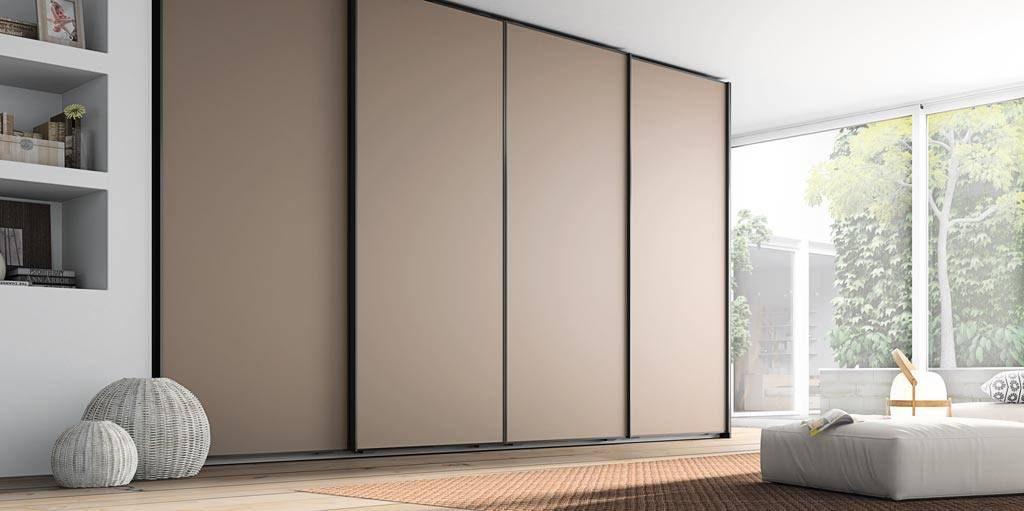 Armarios con puertas correderas lisas japonesas o for Puertas japonesas