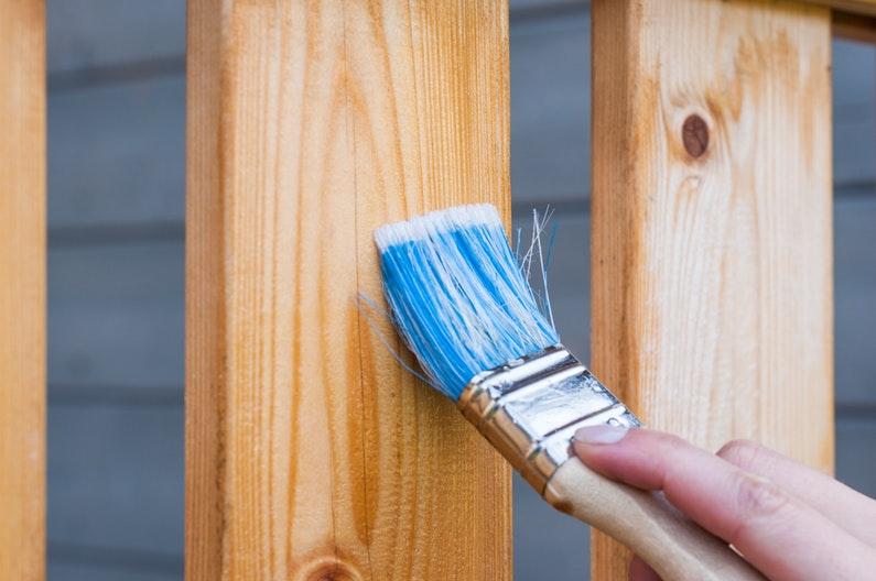 Cuidados para preparar las maderas de exteriores para el buen tiempo