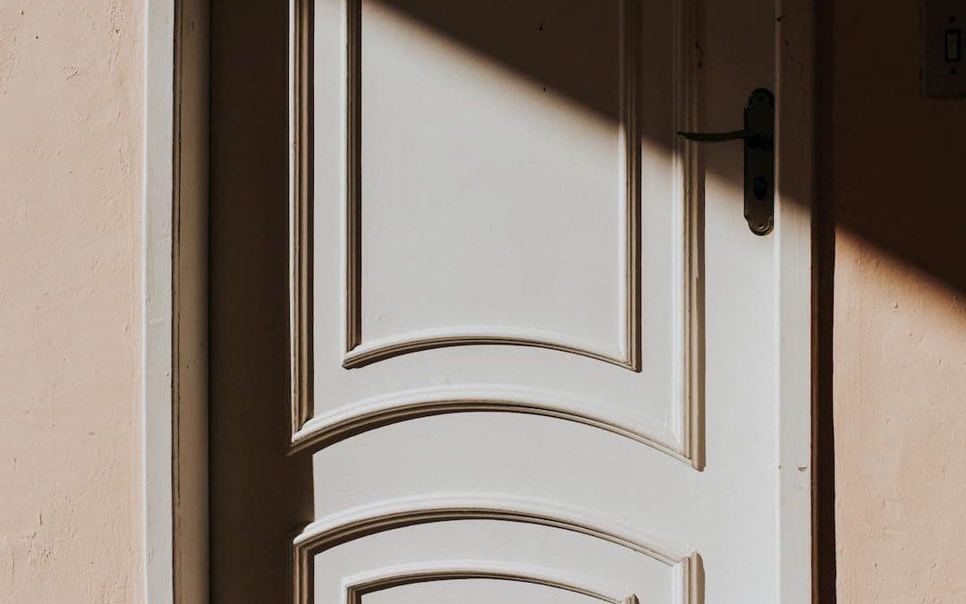 Descubre la importancia del diseño en las puertas de paso